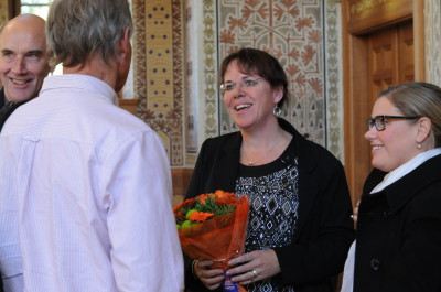 CONGRATULATIONS. Claudia Fahlke, head of CERA, accepted beautiful flowers   during the inauguration.