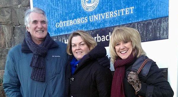 Bruce Burton, Margret Lepp och Andrea Burton.