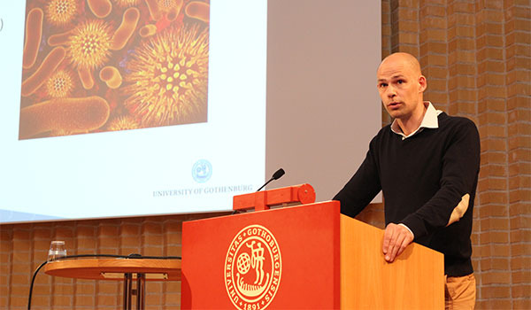 Robert Ceasar i Fredrik Bäckheds forskargrupp berättade om deras många projekt