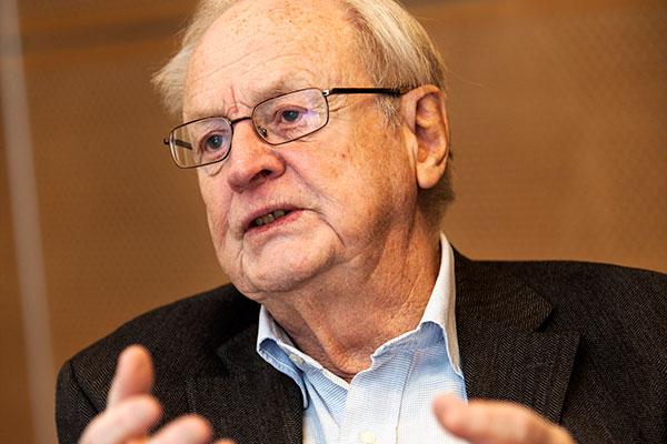 Arvid Carlsson, fotograferad i januari 2013 av universitetets fotograf Johan Wingborg.
