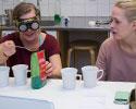 Studenter från flera program lär med, om och från varandra i team