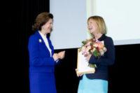 Helle Wijk prisad för sitt arbete med vårdmiljön för personer med demenssjukdom
