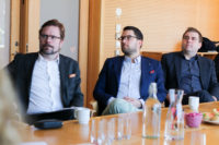 Jimmie Åkesson besökte Sahlgrenska akademin